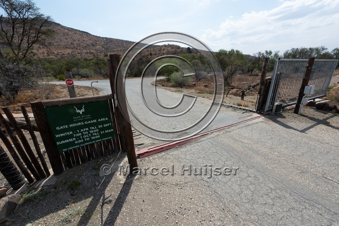 Gate, with push button, Mountain Zebra National Park, Eastern Ca