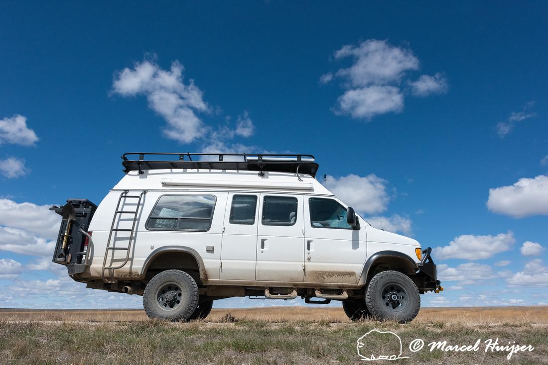 Ford 4x4 camper van, Benton Lake National Wildlife Refuge, Monta