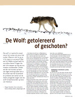 Wolf article with wolf image in Vakblad Natuur Bos Landschap, photo by Marcel Huijser