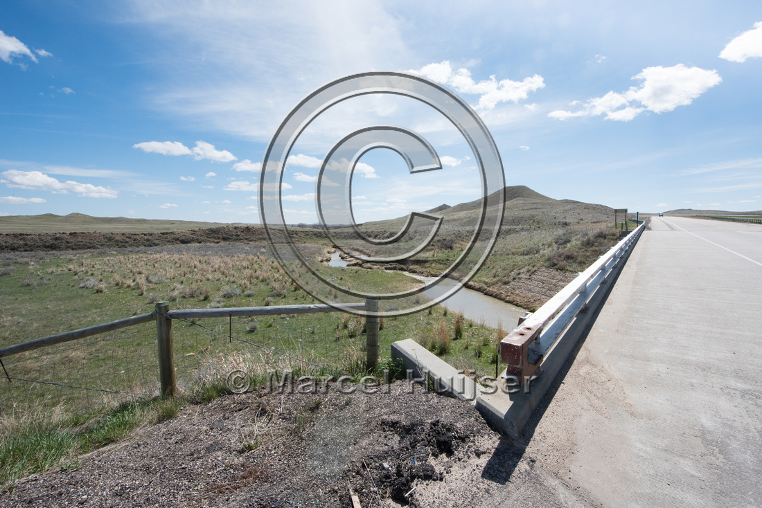 Bridge across the  North Fork Powder River (mile 258.98 along I-