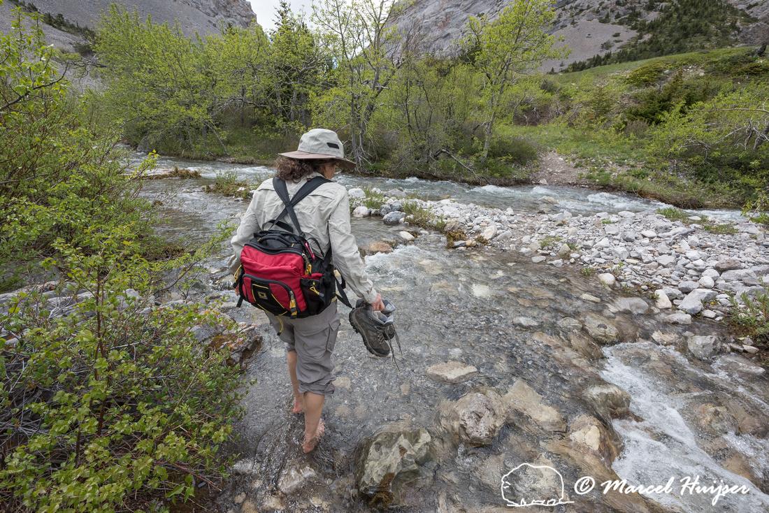 Bethanie Walder hiking, Montana, USA