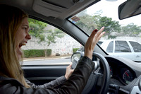 Fernanda Abra demonstrates how to communicate most effectively with other drivers in São Paulo, Brazil